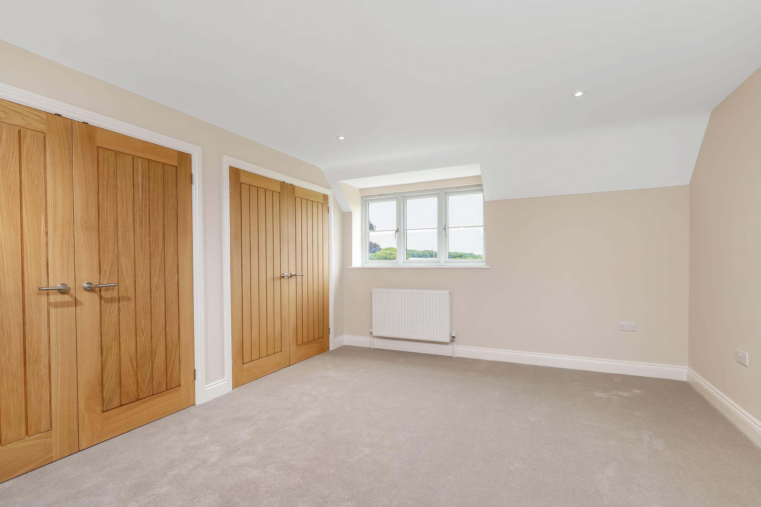 http://rbc-building.co.uk/wp-content/uploads/2020/09/Dove-Cottage-Master-Bedroom-scaled.jpg